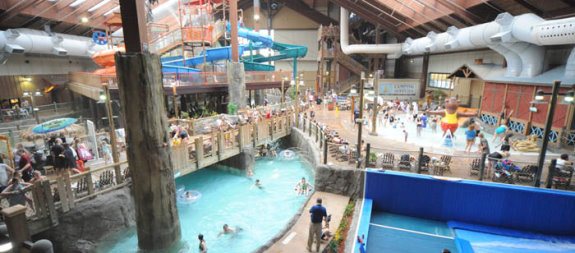 Review Of Six Flags Great Escape Indoor Lodge Amp Waterpark