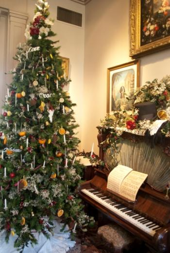 victorian christmas at tower grove house